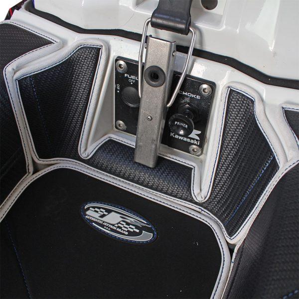 550sx-mats-over-top-dash1